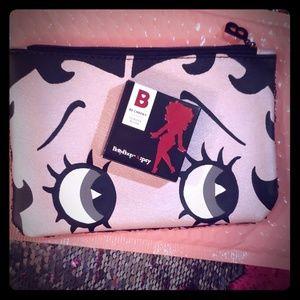 NWT!🔥!NIB!!🔥Betty Boop Makeup Bag Set